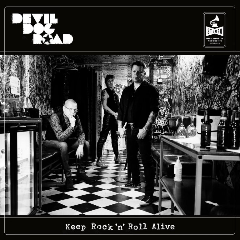 Keep Rock'n'Roll Alive album cover. Photo: Kimmo Virta. Artwork: Petri Rotsten